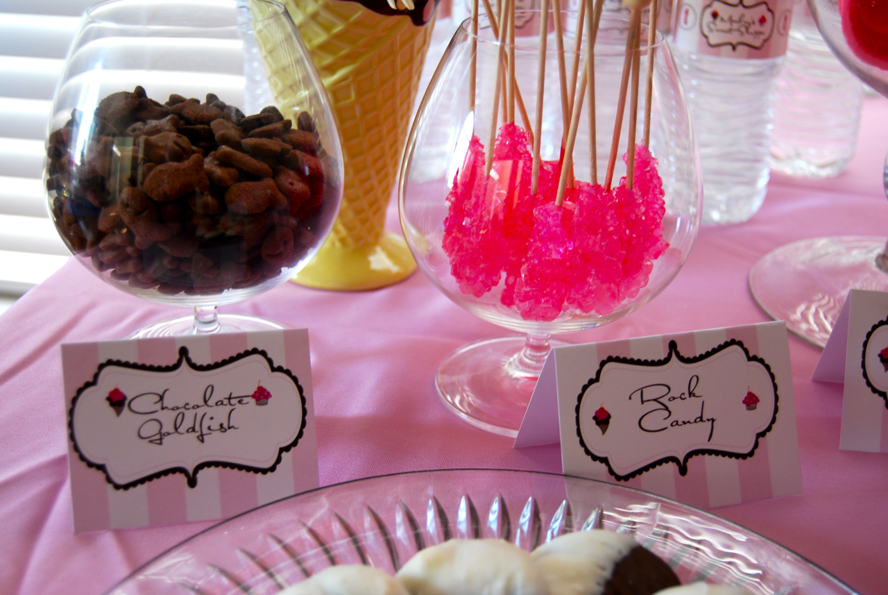 Sparkling Events & Designs: {Real Party} Marley\'s Sweet Shoppe - 1st ...