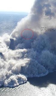 http://1.bp.blogspot.com/_basraNod1Ms/S3MTpp3xwBI/AAAAAAAABM8/NfqNRfvI5xo/s320/NEW+911+WTC+Image+UFO.jpg