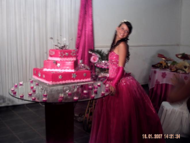 """Debutante e bela princesa,"""" LARISSA"""""""
