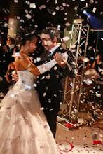 A debutante Fernanda e seu papai ,com a chuva de prata!!!