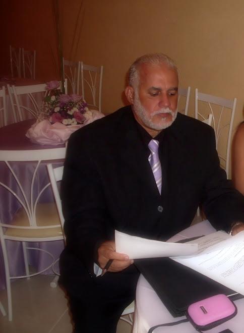 Gilberto Braga trabalhando durante o cerimonial!