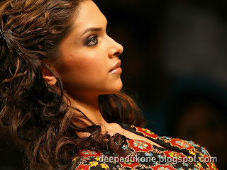Deepika Padukone sexy hot wallpaper