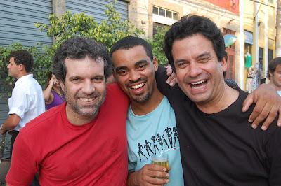Rodrigo Ferrari, Rodrigo Jesus e Luiz Carlos Fraga, roda de samba em Niterói, 26 de dezembro de 2007