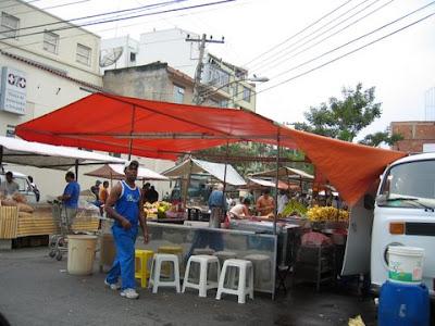 barraca de pastel na feira da rua Vicente Licínio, Tijuca, Rio de Janeiro