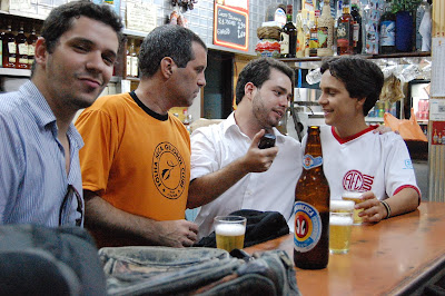 Lúcio de Lemos, Rodrigo Ferrari, Kadu e Felipinho Cereal no COLUMBINHA em 13 de novembro de 2008, foto de Eduardo Goldenberg
