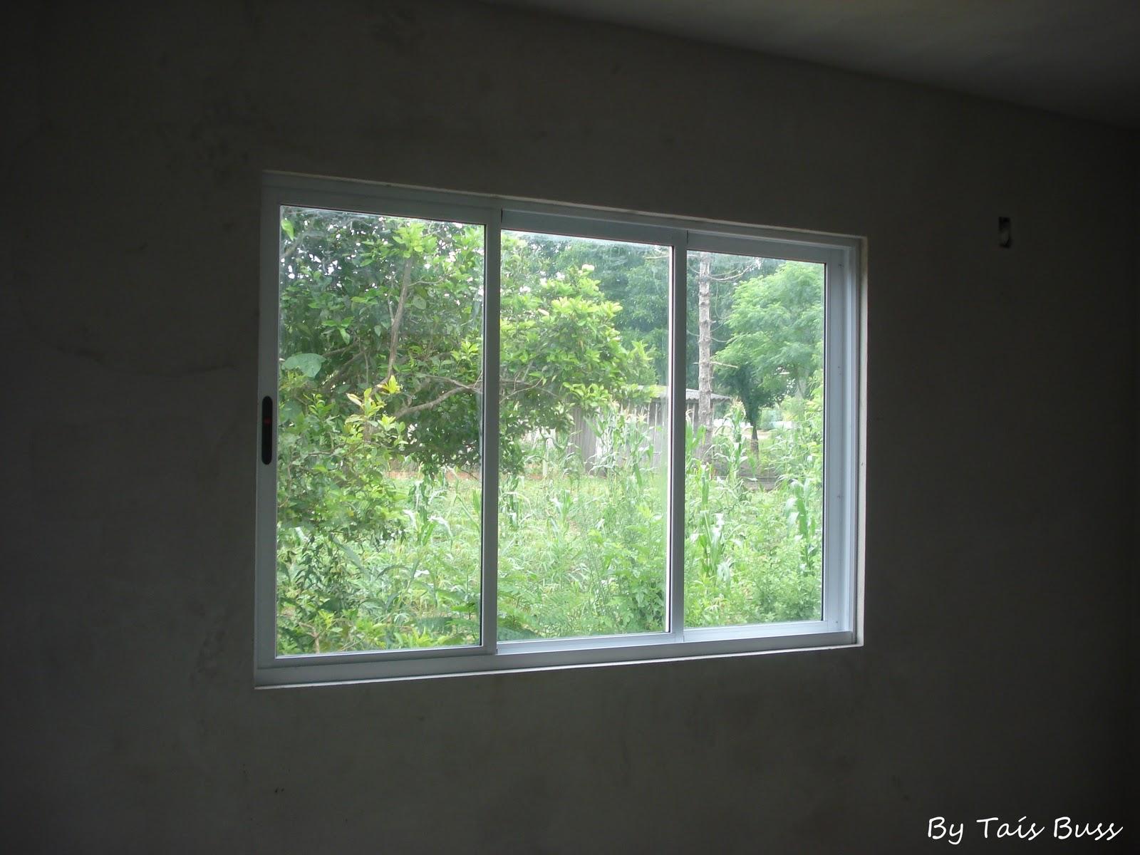 #629239 Perfeito Jardim !: A casinha já tem janelas!! 1970 Janela De Aluminio Usada Em Bh