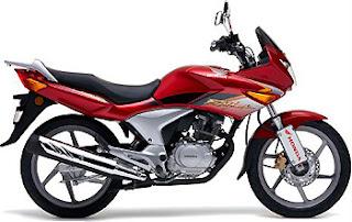 : Yeni başlayanlar için Honda CBF 150 mi, Yamaha YBR 125 mi