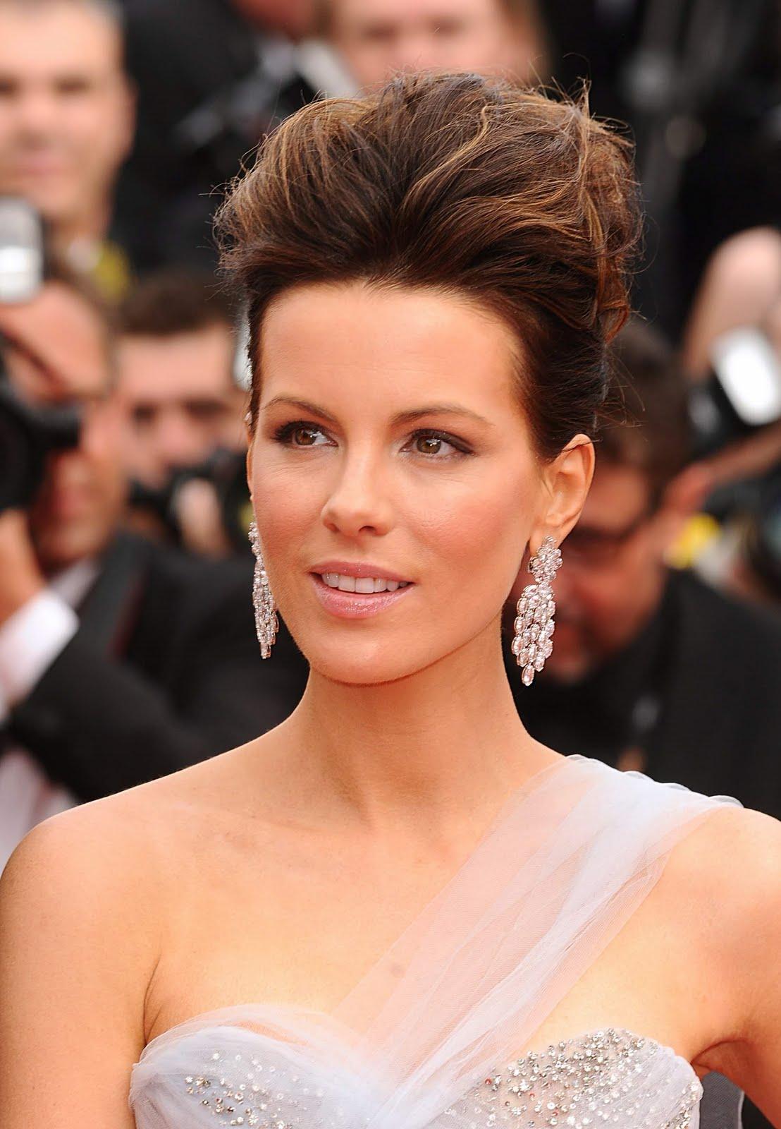 http://1.bp.blogspot.com/_bj-91WvhEuo/S-tyJECrgMI/AAAAAAAAJCQ/Lxn7CGfIe8s/s1600/Kate+Beckinsale8.jpg