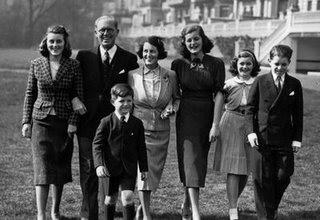 joseph kennedy, joe kennedy, family, bootleg, nazi finance