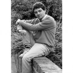Foto-foto mr. Bean waktu muda