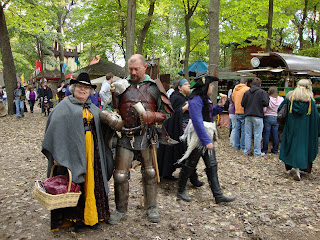 Jan with man in armor (Vicki on far right)