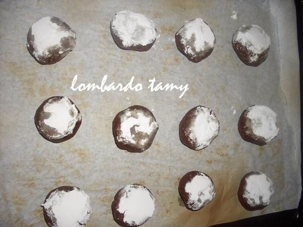 ghrieba au cacao  et noix en poudre  (teste) SDC16892