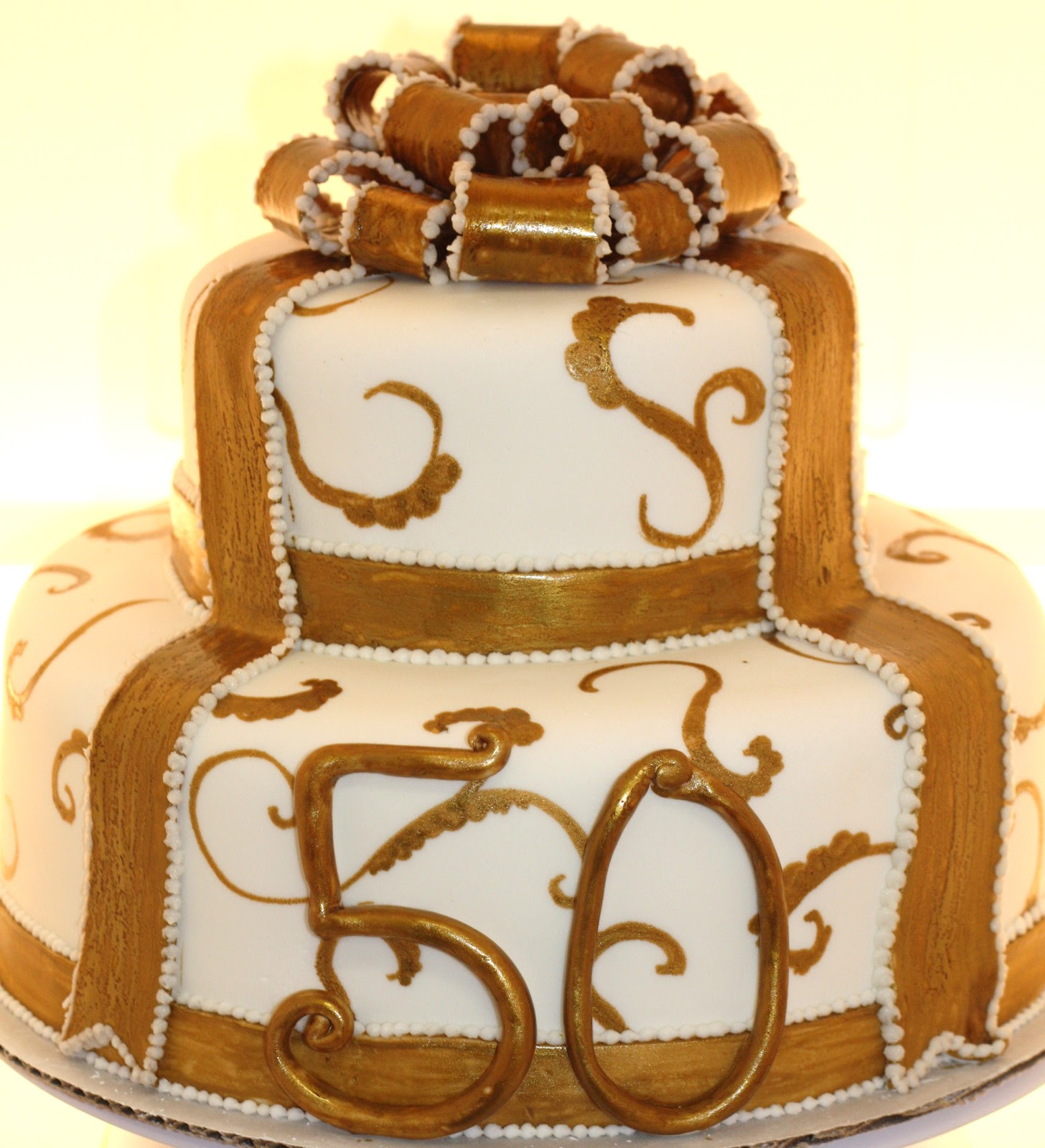 Design Of Cake For Anniversary : 50th Wedding Anniversary Cakes - Tyler Living