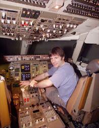 MEU AMIGO HERY SCOTT PILOTANDO 737-800 DA GOL