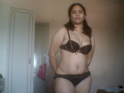 Indian Aunty in Bra Panty