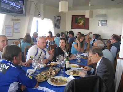 Almoço no Restelo com mais de 30 convivas.