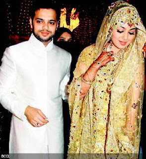 Ayesha Takia with cool, Husband Farhan Shaikh