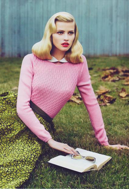 love thee sweater girl