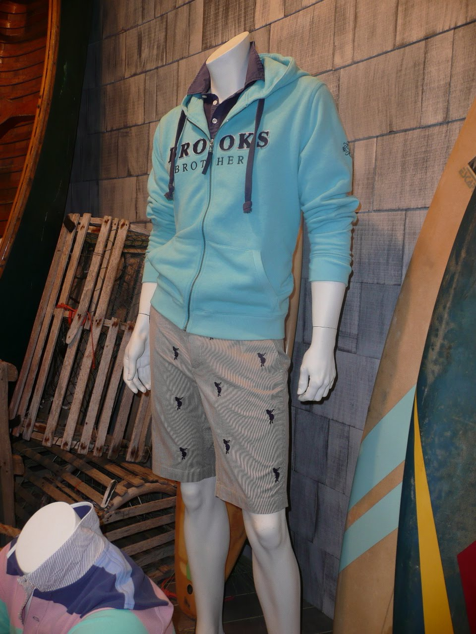 Fashion Buyer Uk 18 Jun 2010 Tendencies Tshirt Legend Led Turquoise S Taking Their Lead From Ralph Laurens Repeat Polo Player Emblem On Trousers And Shorts A Number Of Brands Put Own Spin The Look By Using House