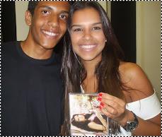 O FÃ HENRIQUE E MARIANA RIOS