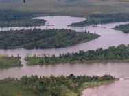 Sungai Mamberamo yang terbesar di Papua