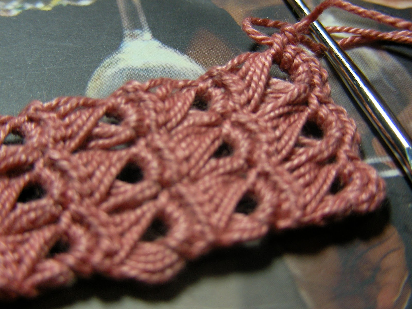 Crochet Philippines: Practicing Broomstick Lace Crochet
