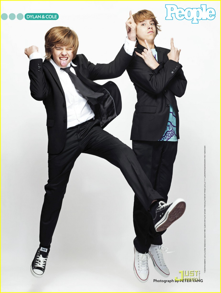 Dylan Sprouse Y Cole Sprouse 2013 | Short News Poster
