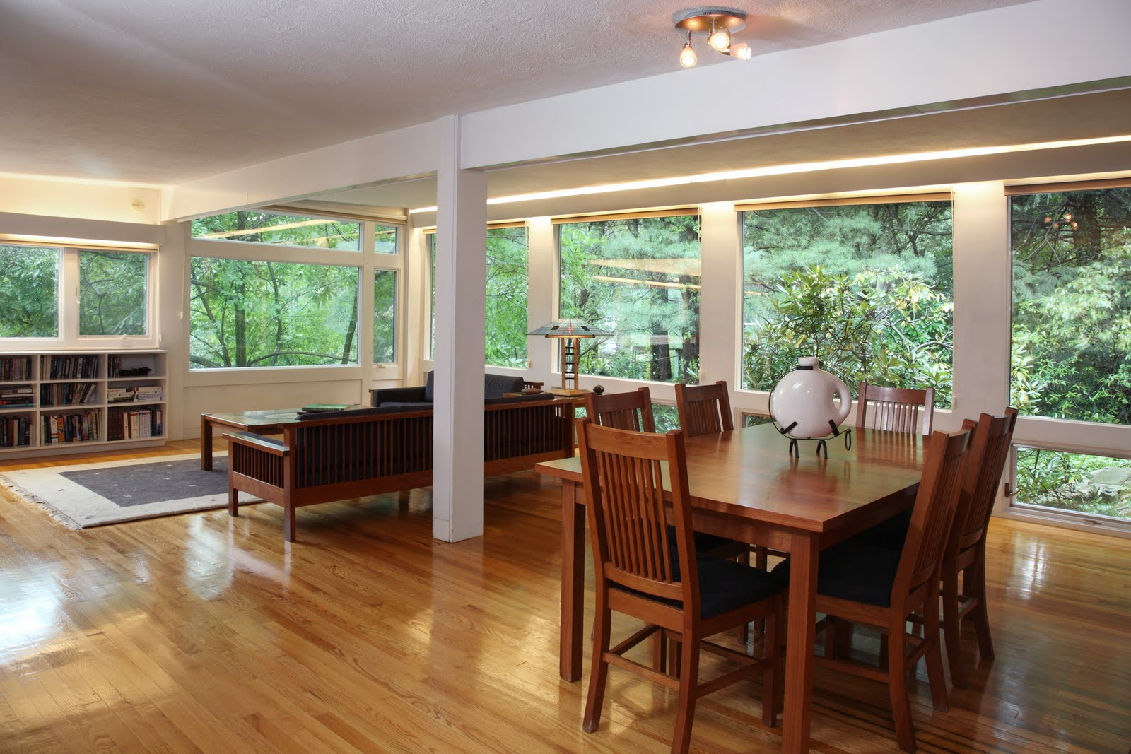 Modernism in massachusetts 7 moon hill rd the mann house for Open floor plans with a view