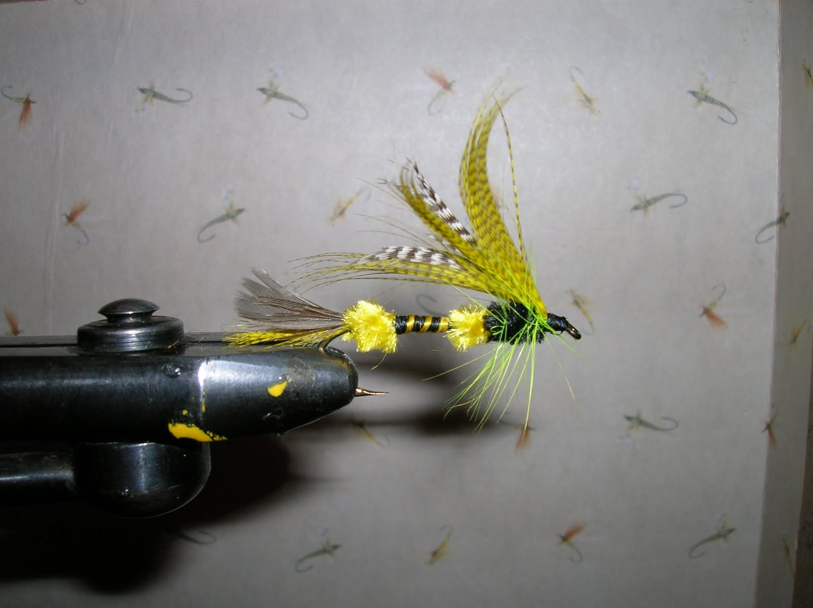 Buggin 39 out the beaux bass fly tying pattern for Bass fly fishing