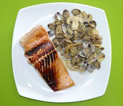 Casa cuti salm n con almejas y champi ones - Salmon con champinones ...