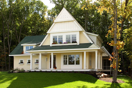 Friendly Home Oozes Curb Appeal