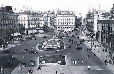 Historias matritenses evacuatorios p blicos for Puerta del sol ahora