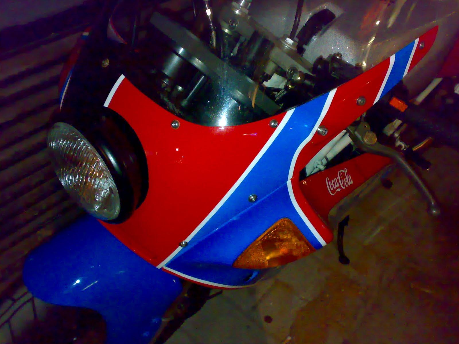 Sake Racers   ducati 900ss coca cola