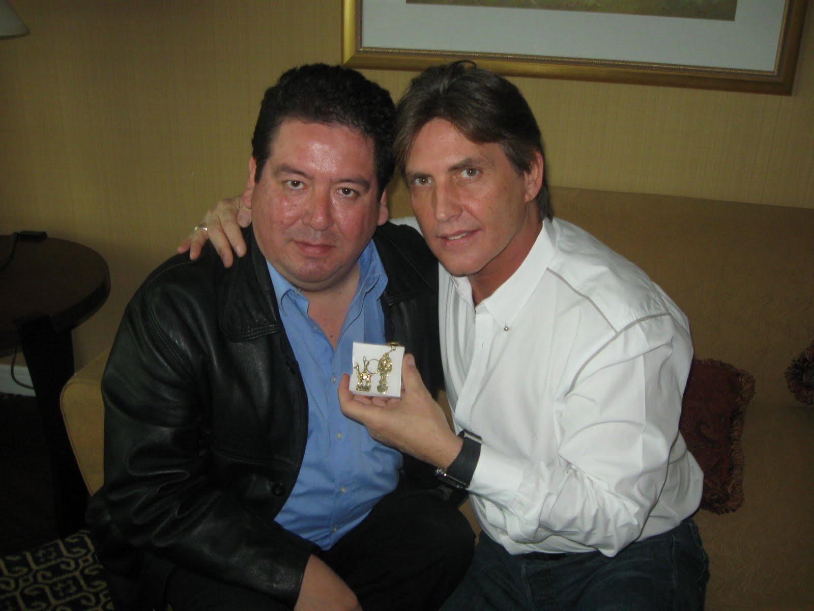 http://1.bp.blogspot.com/_bwSDlUSrdtA/TGDb2DySJdI/AAAAAAAABTM/zbQ19spqDsg/s1600/ERNESTO+JERARDO+VICTOR+CAMARA.jpg