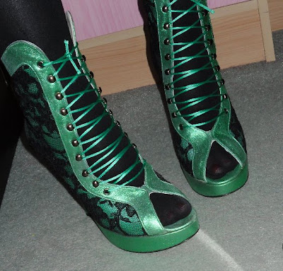 terry de havilland green metallic boots