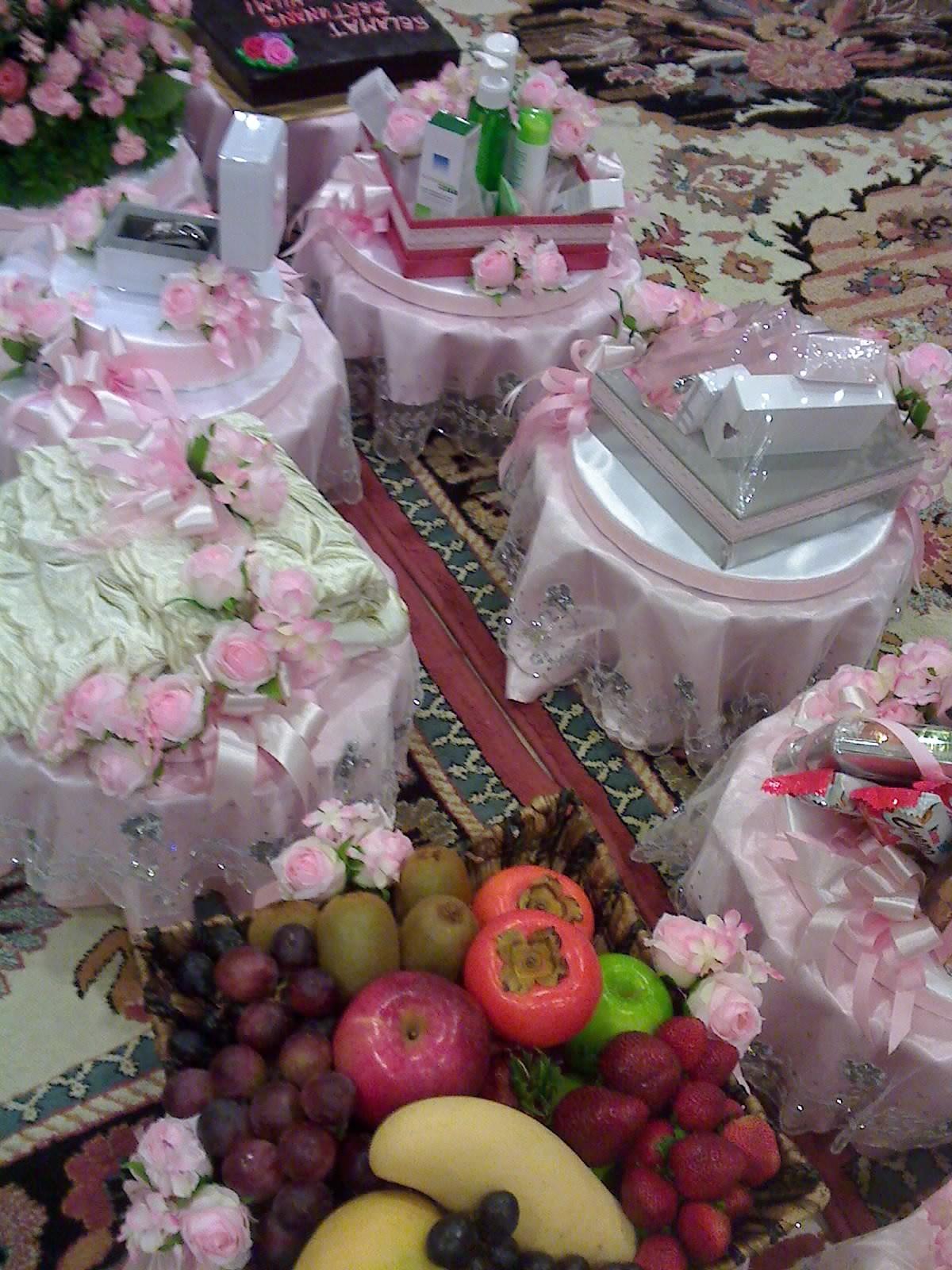 Untuk majlis perkahwinan cake ideas and designs for Idea untuk doorgift perkahwinan