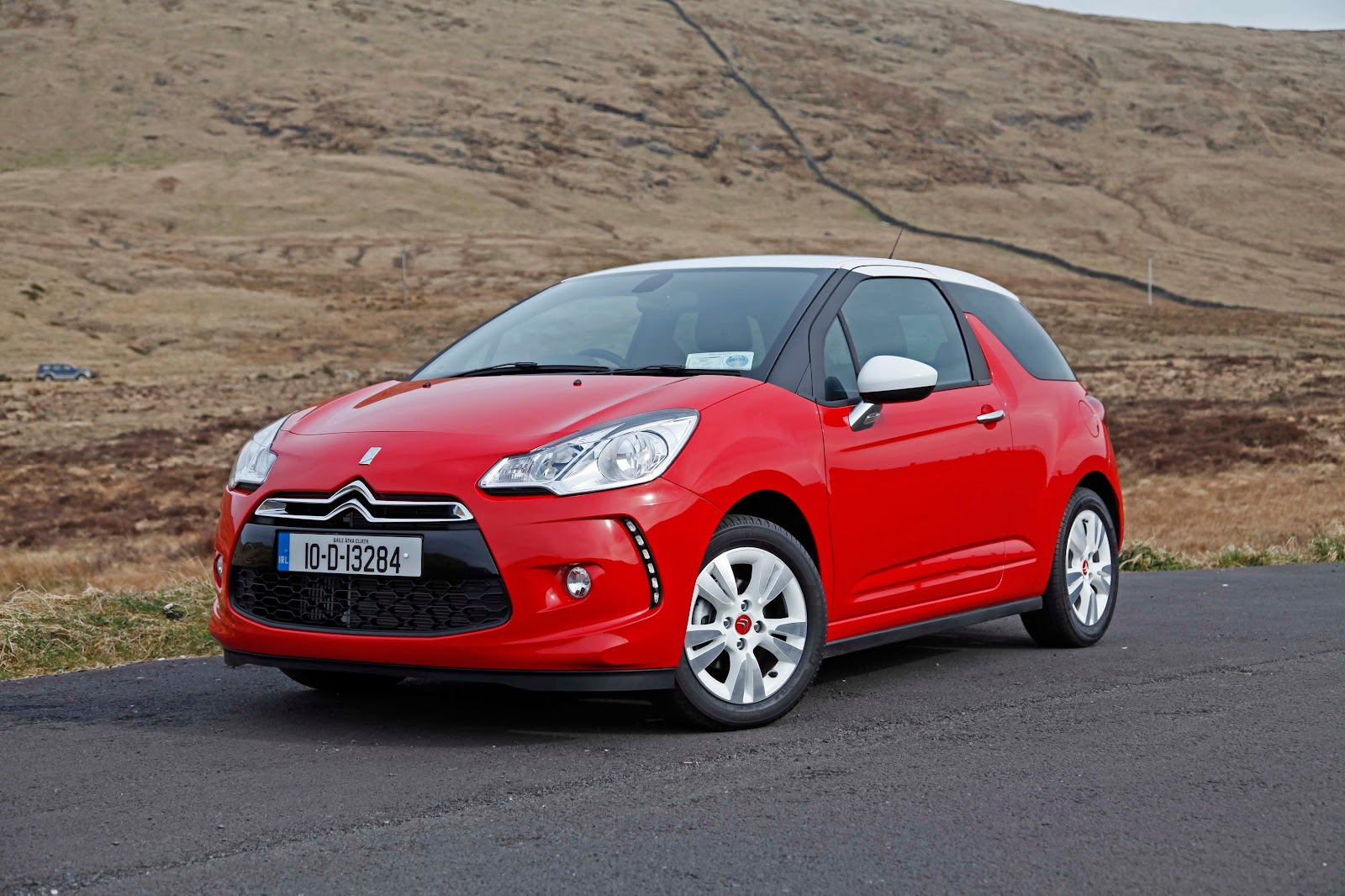 irish cartravel magazine review citroen ds3
