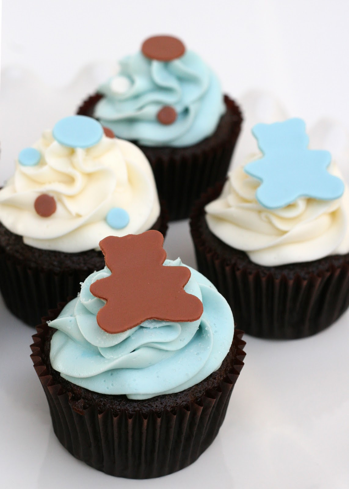 Baby shower treats glorious treats for Baby shower cupcake decoration ideas