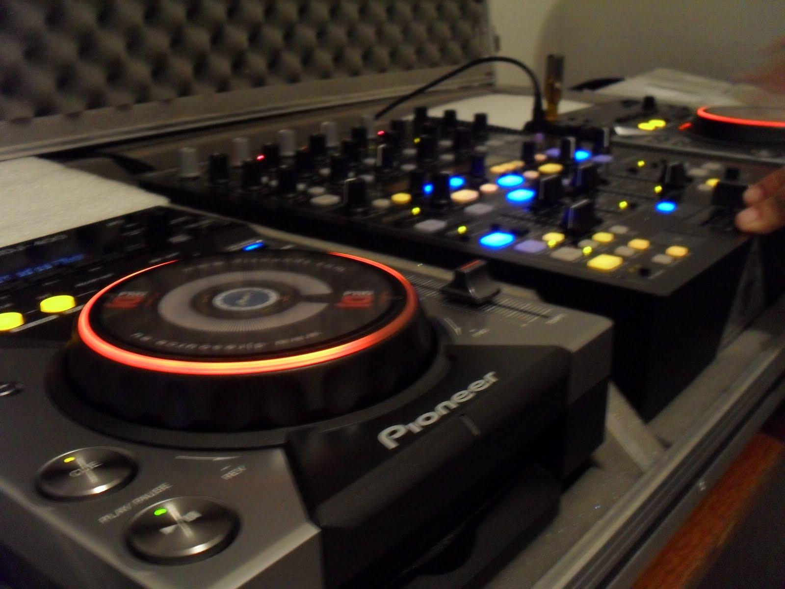 Djs top mt house music set dj xarres jan 2011 for House music set