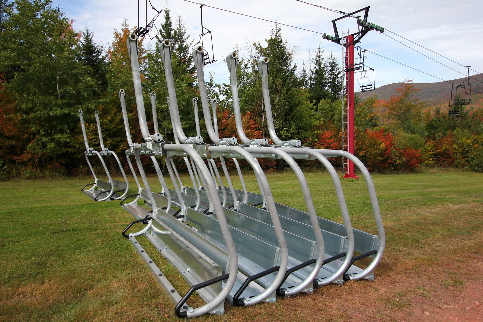 hello skiers and riders here is another lift construction update for