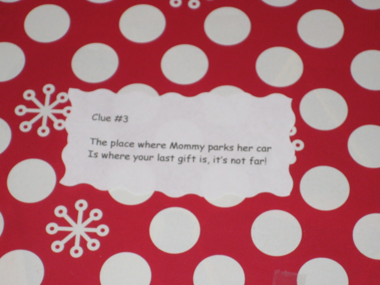 Ms Not So Perfect...: Christmas Scavenger Hunt