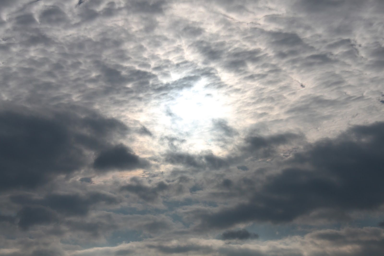 Displaying 14> Images For - Dark Clouds...