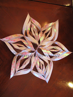 How to made paper snow flake 2