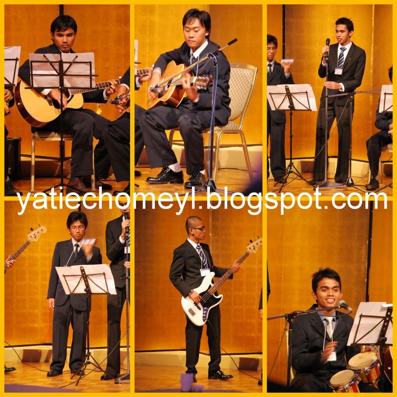 http://1.bp.blogspot.com/_c3es7FyunLI/SwDKMosEQ_I/AAAAAAAAFpk/_9AqryccdCM/s1600/national+day+new+otani+hotel.jpg