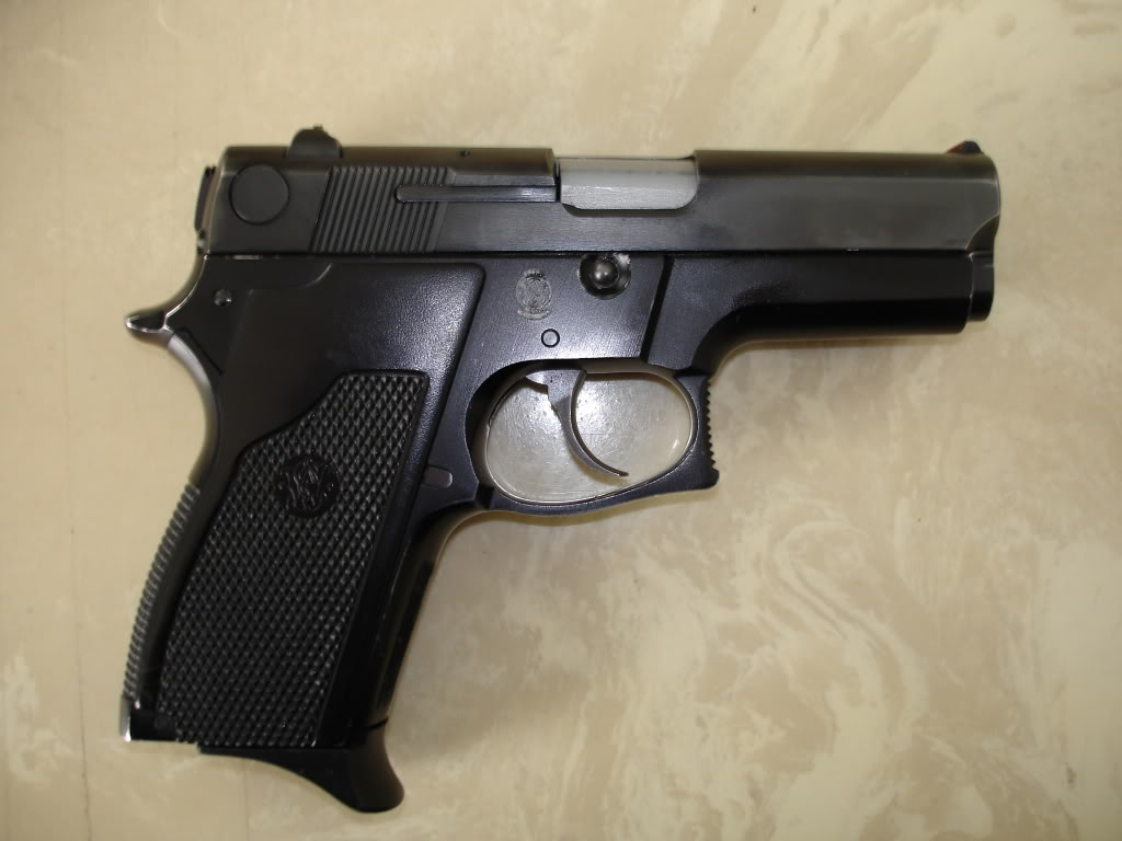 Smith+%26+Wesson+Model+469.jpg