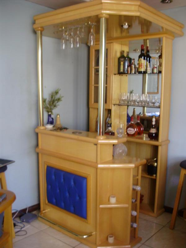 Arquitetura e interiores kitsch ou retr for Modelos de bares rusticos para casas