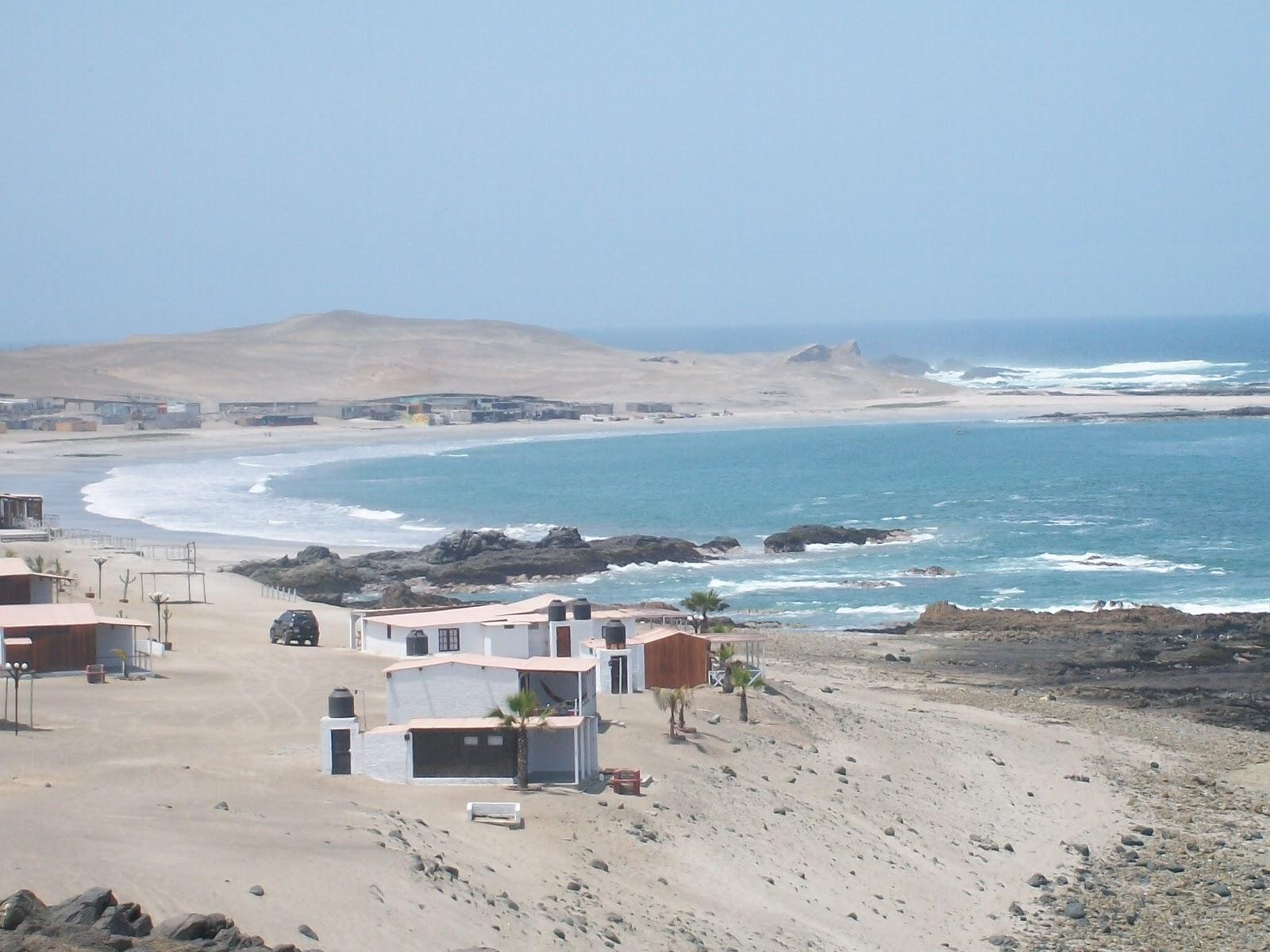 el farol playa tortugas: