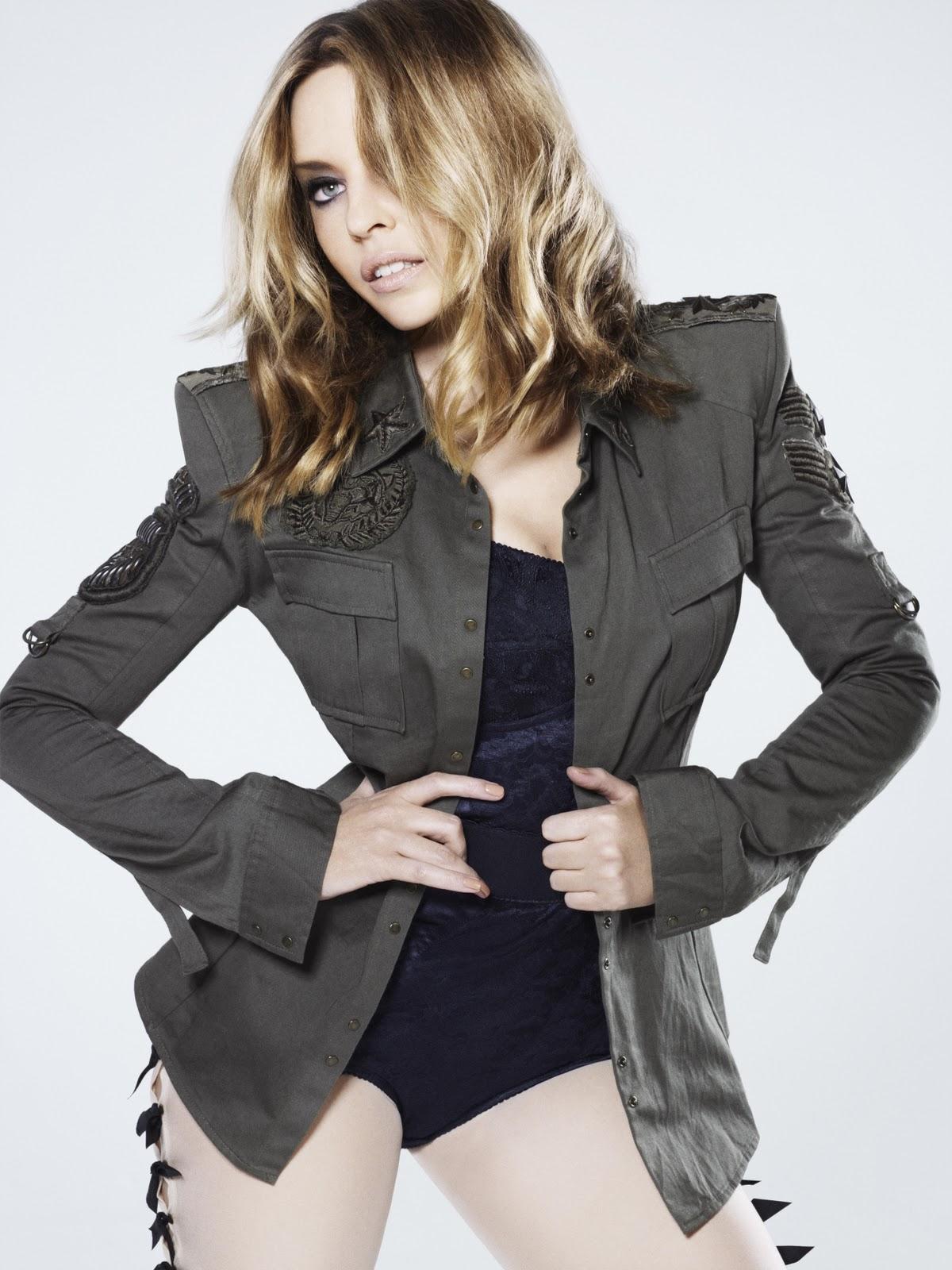 http://1.bp.blogspot.com/_c6MC1HN_BoI/TLCisrK4rhI/AAAAAAAAAPM/rlPqQfbLoV0/s1600/Kylie+%2845%29.jpg