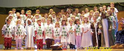 Kindergarten Sings the Joys of Christmas 1