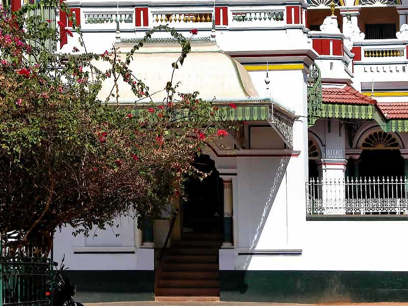 Beautiful chettinad houses what when why how for Chettinad house architecture design